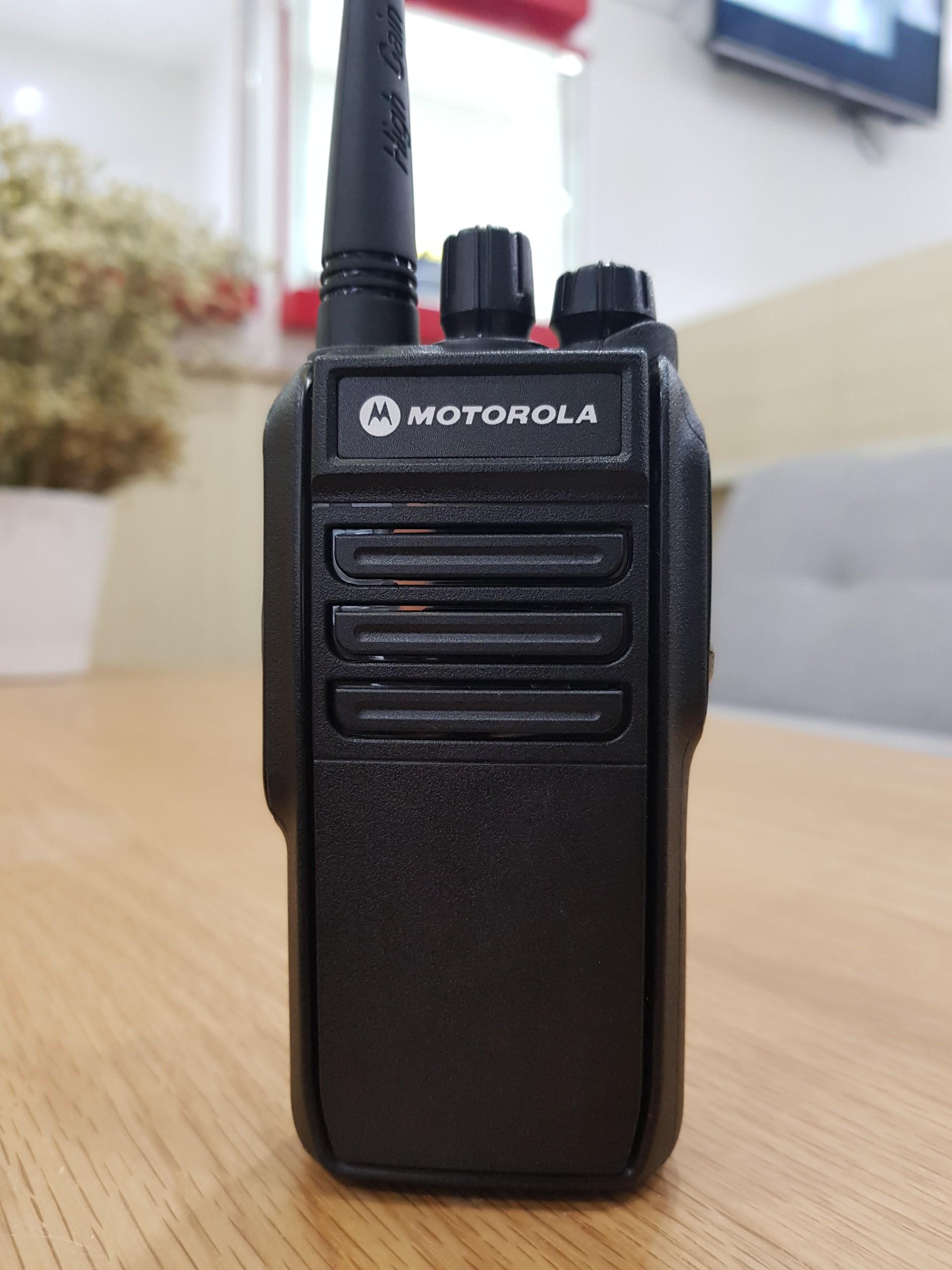 Máy bộ đàm chống nước Motorola GP IP67