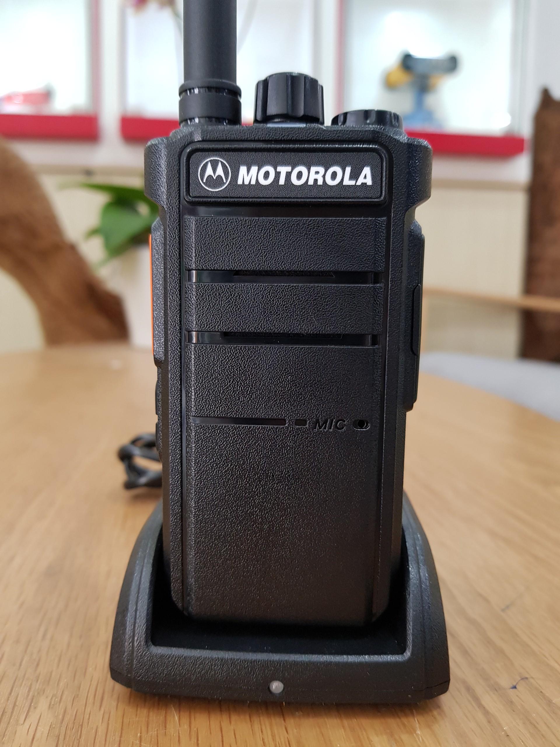 Máy bộ đàm Motorola CP 7800